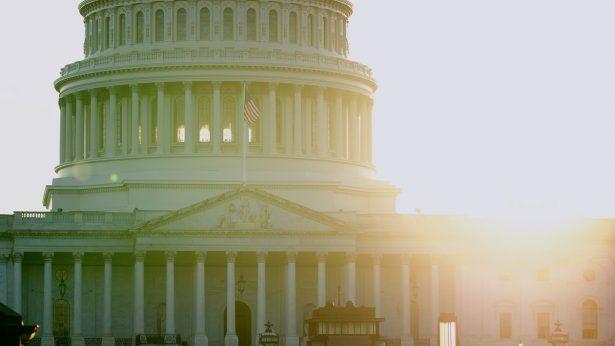 US-flag-flown-in-honor-of-Falun-Dafa-Day